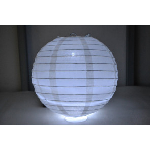Papierový lampión guľatý visiaci LED 20cm biely